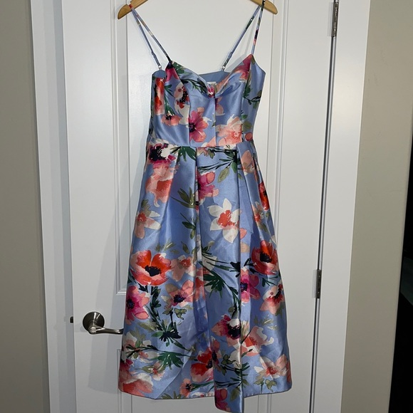 Perfect Derby Dress!! Eliza J flowered dress